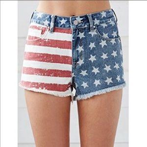 Bullhead high rise patriotic shorts size  26
